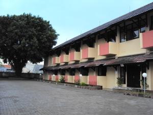 Gedung Asrama I Poltekkes Ykt (Gadingan, Banyuraden)