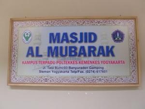 Papan nama Masjid Kampus Poltekkes Ykt
