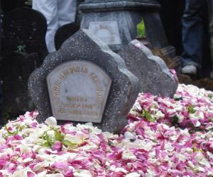 makam Cahyo Ariyanto