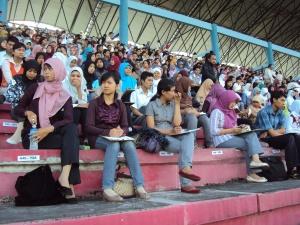 peserta ujian CPNS di Stadion Maguwoharjo